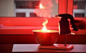 Eksperyment chemiczny